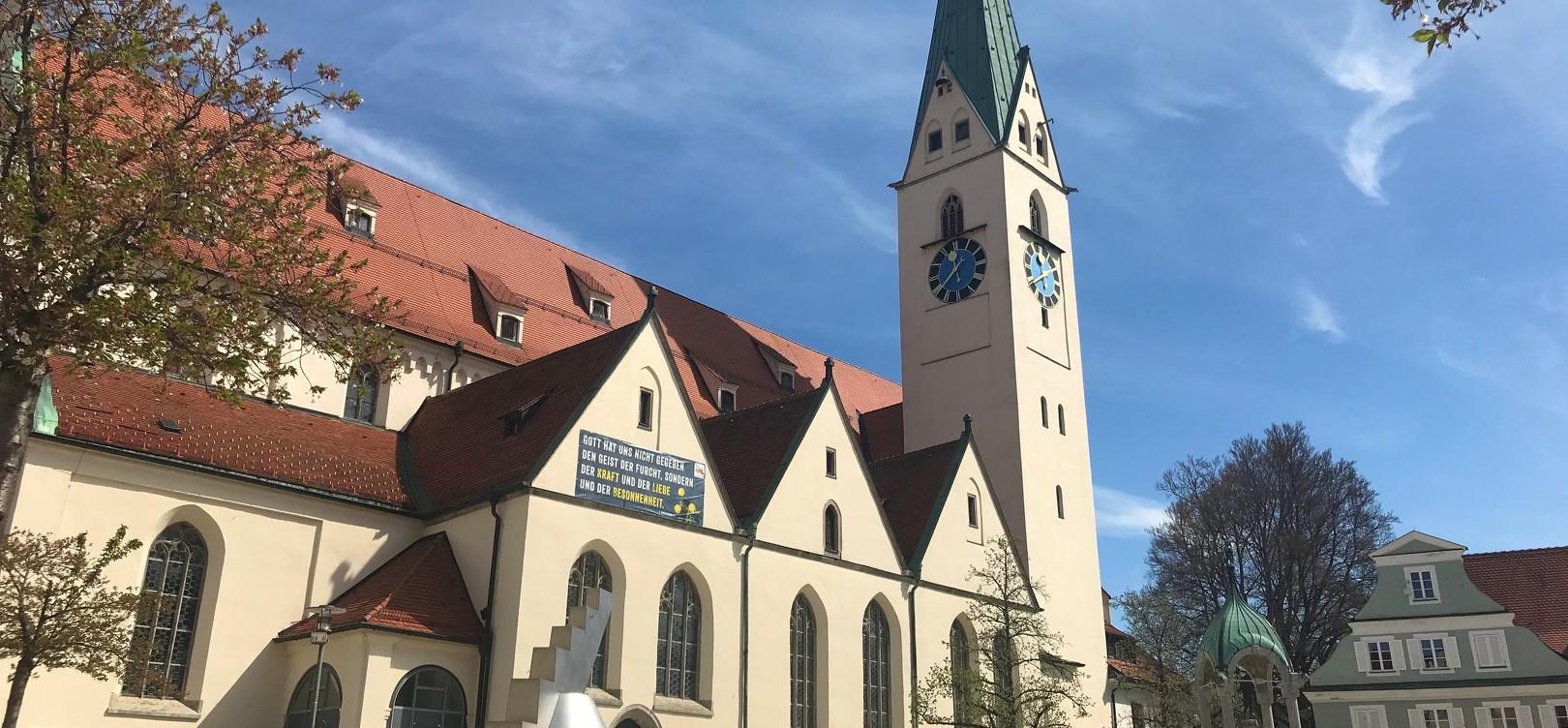 Die Außenansicht der St.-Mang-Kirche