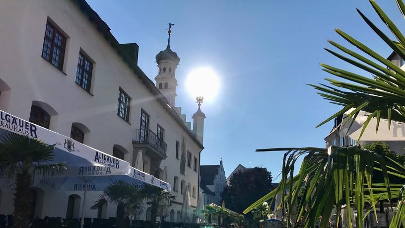 Die Südseite des Rathaus Kempten