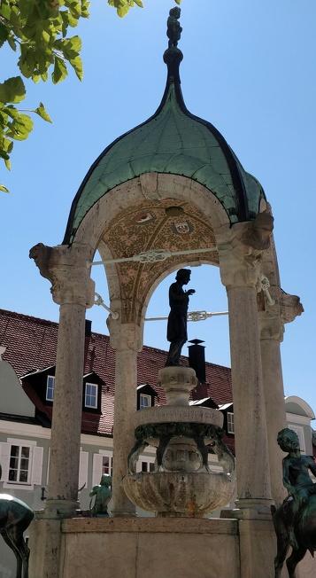 Der St.-Mang-Brunnen auf dem St.-Mang-Platz in Kempten