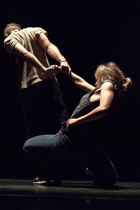 Zwei Tänzer beim Kemptener TANZHerbst