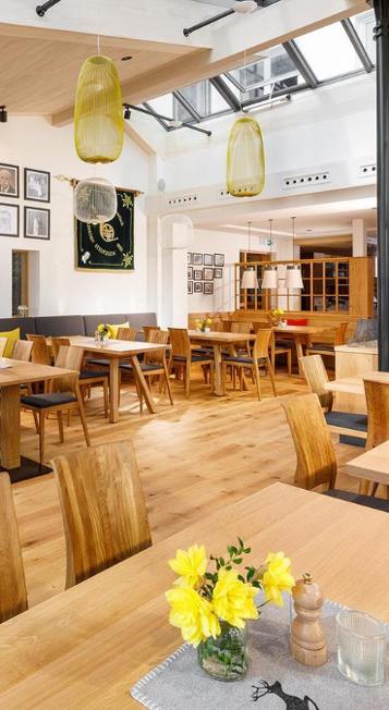 Restaurantbereich im Hotel-Restaurant Waldhorn