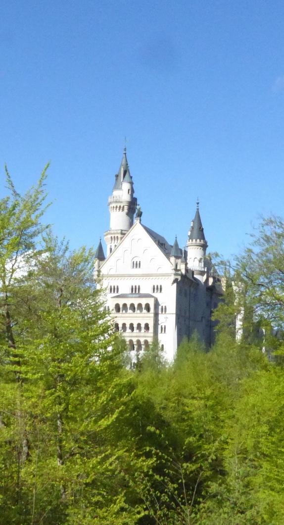 Schloss Neuschwanstein im Sonnenlicht